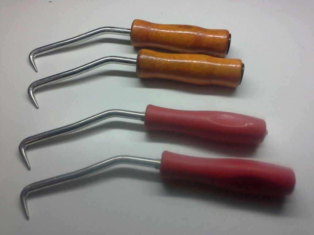 Як в'язати арматуру за допомогою гачка