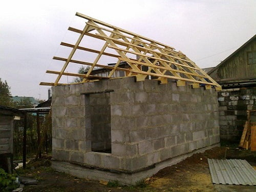 Баня з піноблоку своїми руками дах покрівля