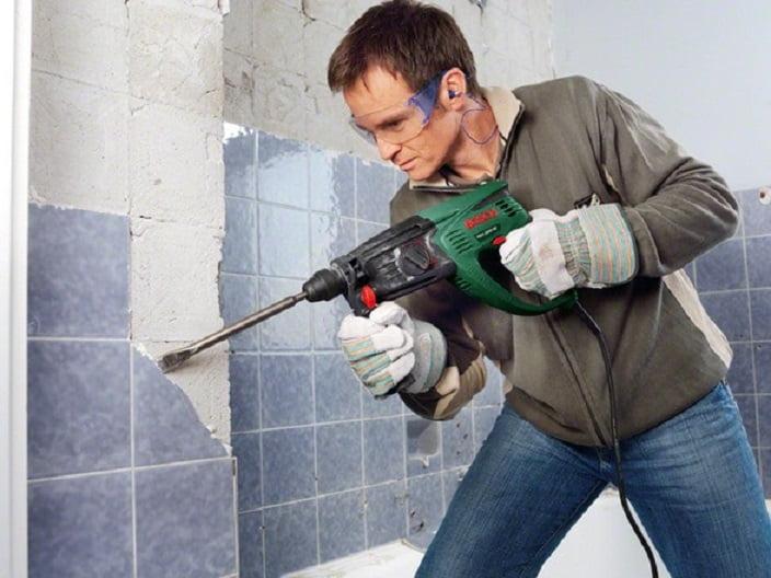 Начало ремонта ванной комнаты