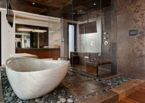 Мраморная ванна в интерьере