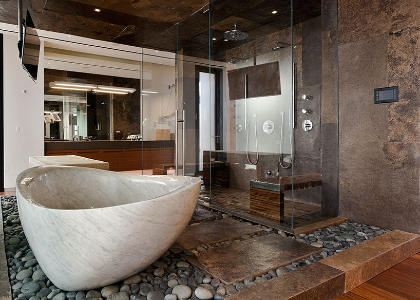 Мармурова ванна в інтер'єрі
