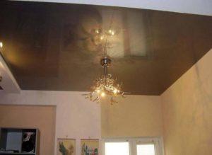 Перламутровый натяжной потолок