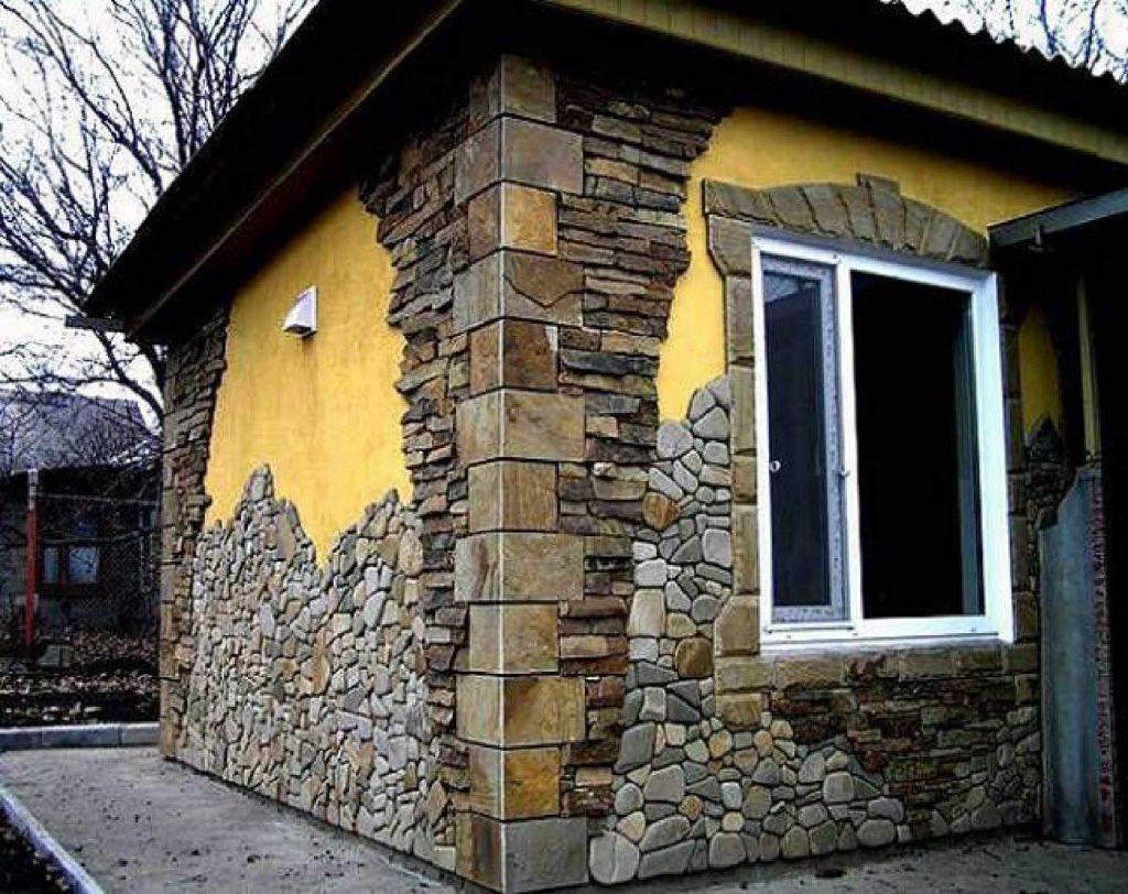 Облицювання фасаду будинку натуральним каменем