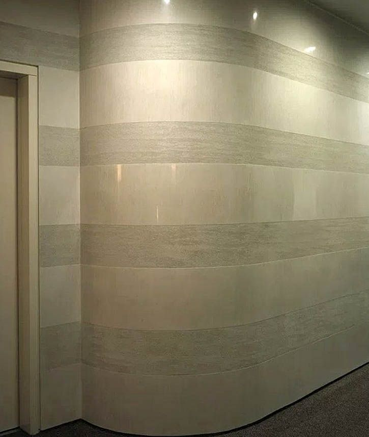 Отделка стен - комбинация декоративной и венецианской штукатурки