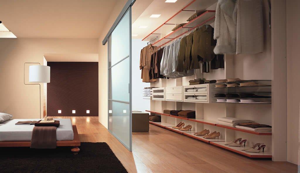 Линейная планировка гардеробной
