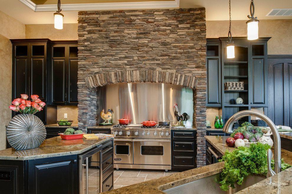 Декоративный камень в отделке кухни