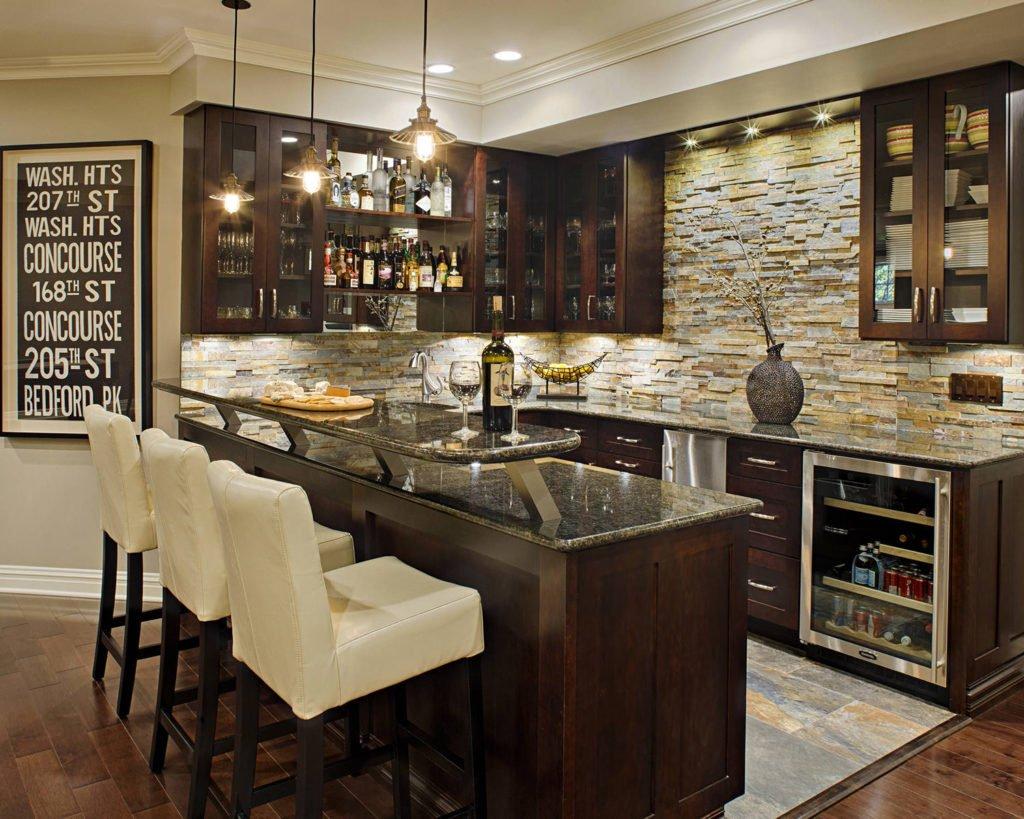 Искусственный декоративный камень в интерьере кухни фото