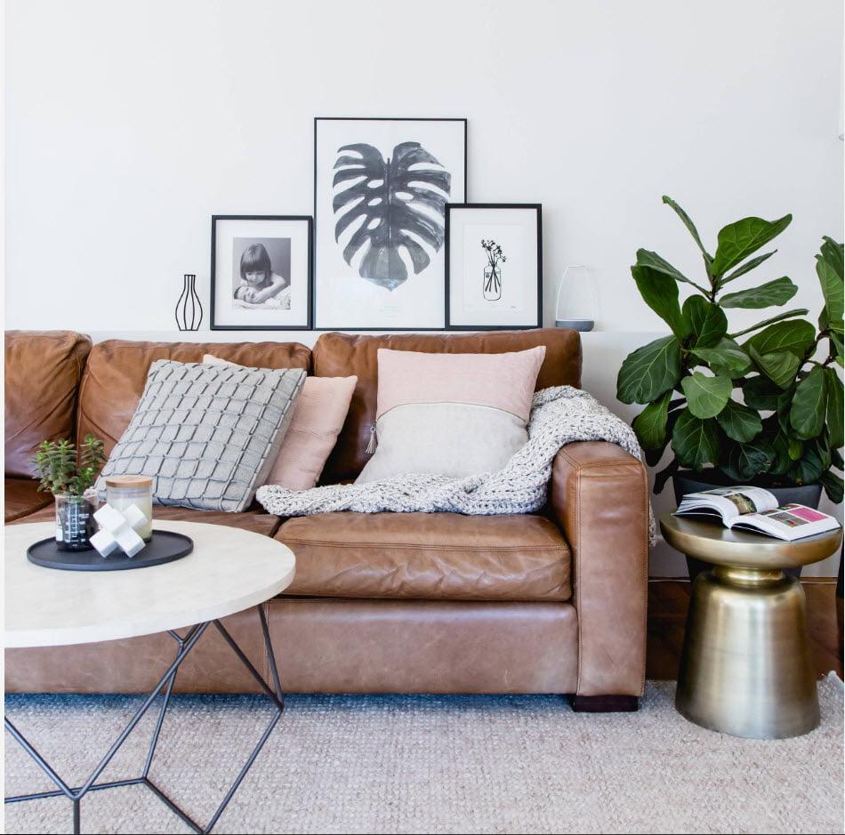 Шкіряний диван в інтер'єрі