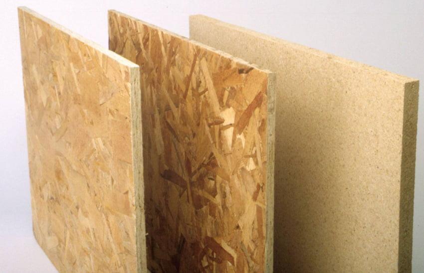 ДСП роблять з пресованої деревної стружки з додаванням зв'язувальної речовини - термореактивної синтетичної смоли