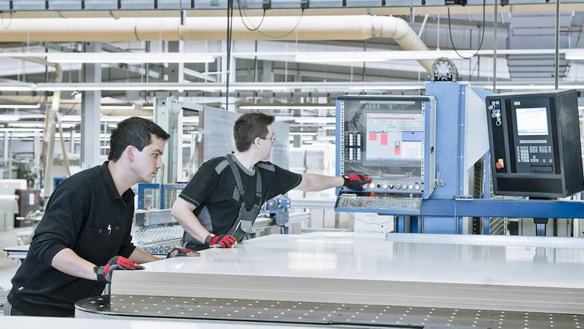 Розпил (розкрій) ЛДСП здійснюється на сучасному високопродуктивному обладнанні