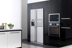Встроенный холодильник LG